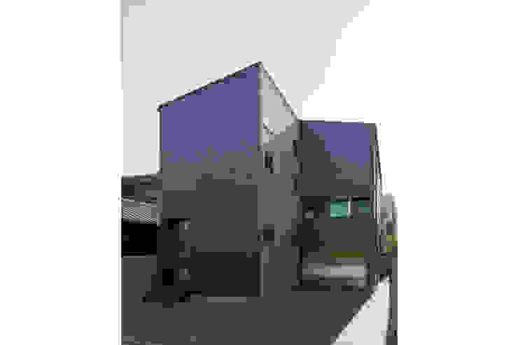 Rumah by 株式会社Fit建築設計事務所