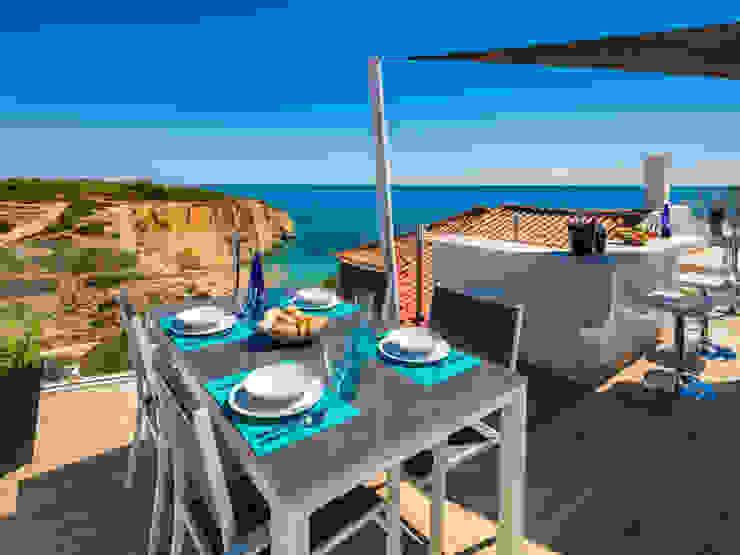 Casa Milhafre Varandas, marquises e terraços modernos por Hi-cam Portugal Moderno