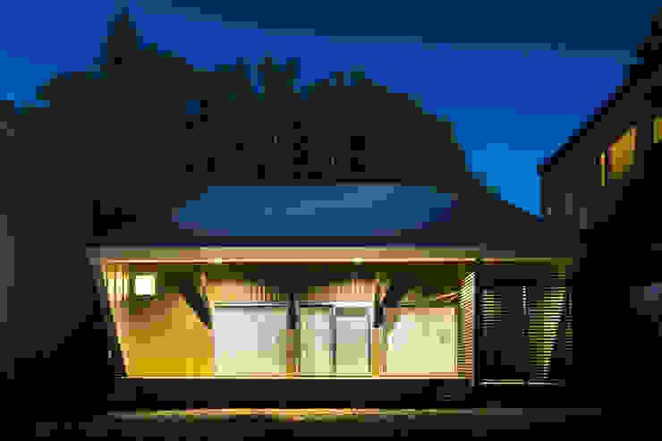 โดย 一級建築士事務所 Atelier Casa ผสมผสาน ไม้ Wood effect