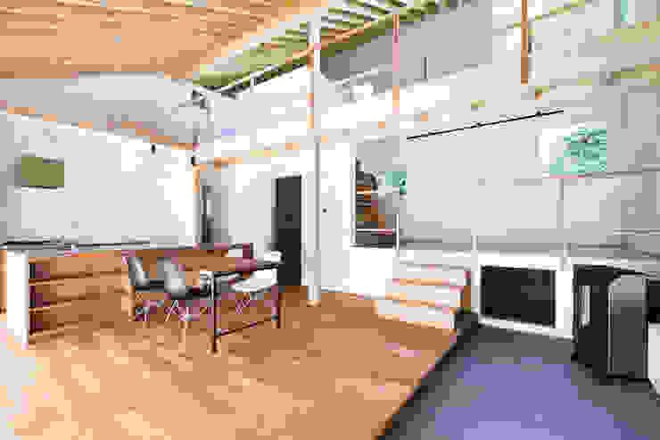 スペース-1(昼景) オリジナルな 壁&床 の 一級建築士事務所 Atelier Casa オリジナル 無垢材 多色