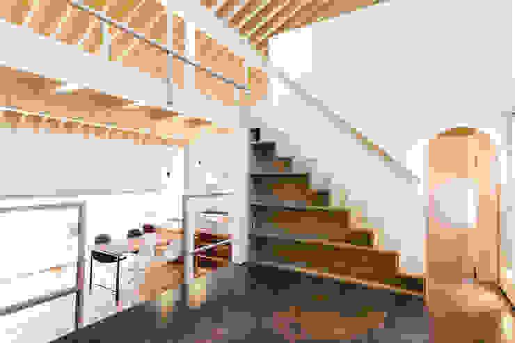 ステージ オリジナルデザインの 多目的室 の 一級建築士事務所 Atelier Casa オリジナル タイル
