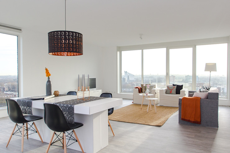 HOME STAGING IN PENTHOUSE van CUBIQZ Clever Cardboard Creations