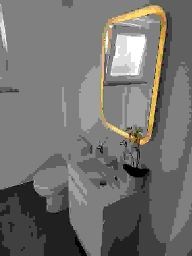 Nowoczesna łazienka od Happy Ideas At Home - Arquitetura e Remodelação de Interiores Nowoczesny