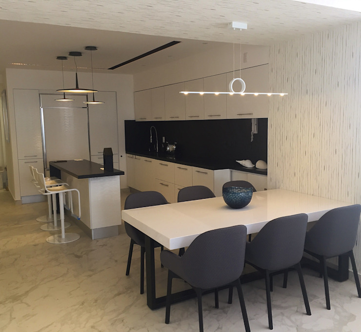 Modern dining room by DECO Designers Modern Wood-Plastic Composite