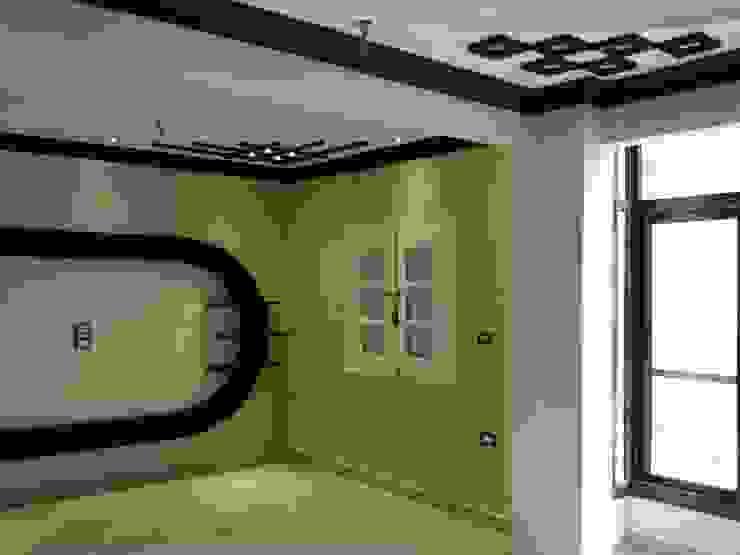Ruang Keluarga oleh Etihad Constructio & Decor