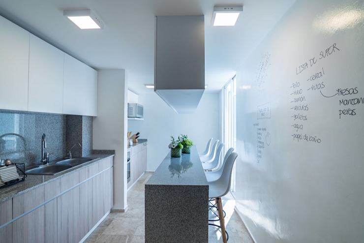 Cocinas de estilo moderno de HO arquitectura de interiores Moderno