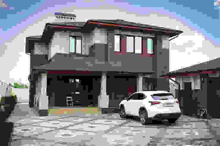 Casas modernas de АРХИФАБРИКА Moderno
