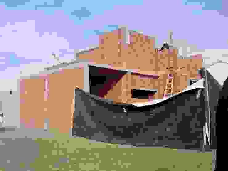 Case in stile  di ARQUITECTA CARINA BASSINO, Moderno