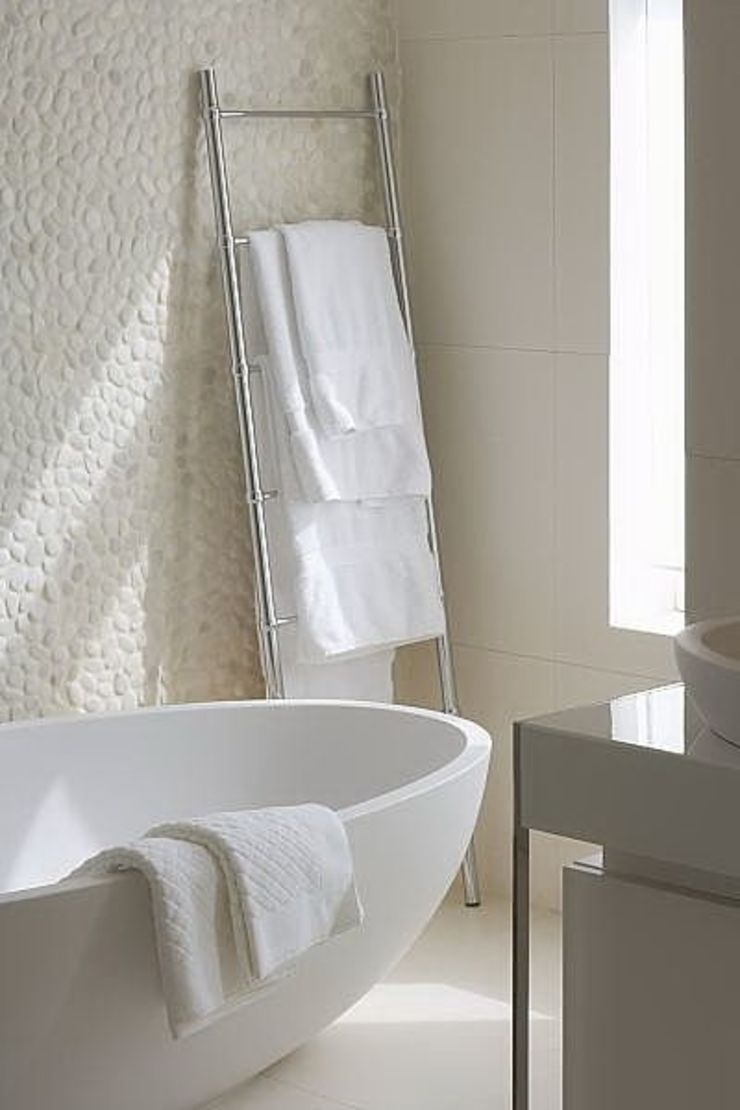 Styled And Sold Vastgoedstyling BathroomBathtubs & showers