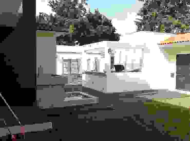 Casas modernas por GRUPO ESGO Moderno