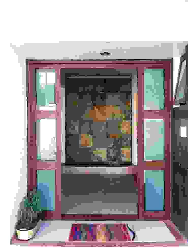 GRUPO ESGO Modern walls & floors