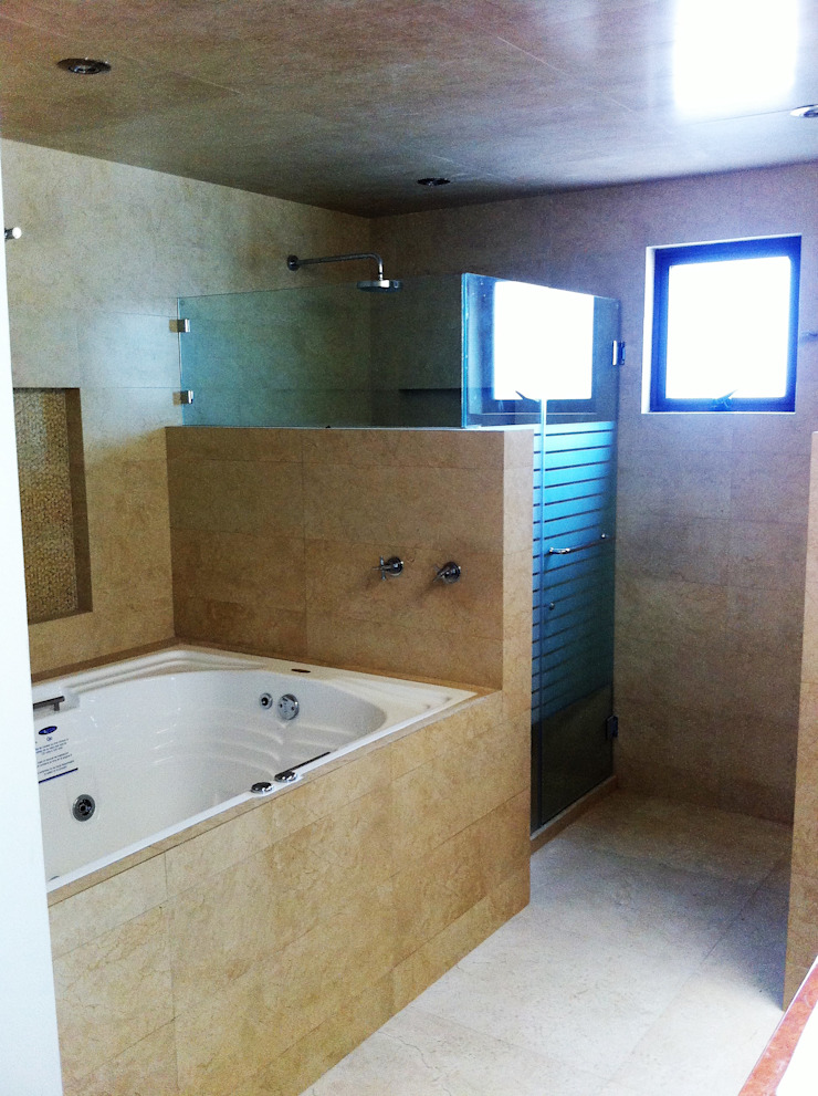 GRUPO ESGO Modern bathroom