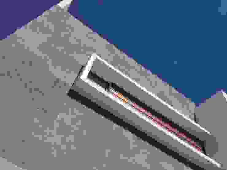Cantera en Fachada de Ambás Arquitectos Moderno Piedra