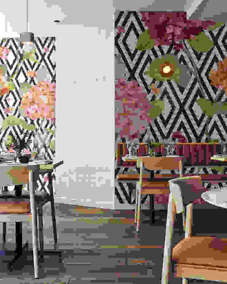 Classic flower Moderne Wände & Böden von Pixers Modern