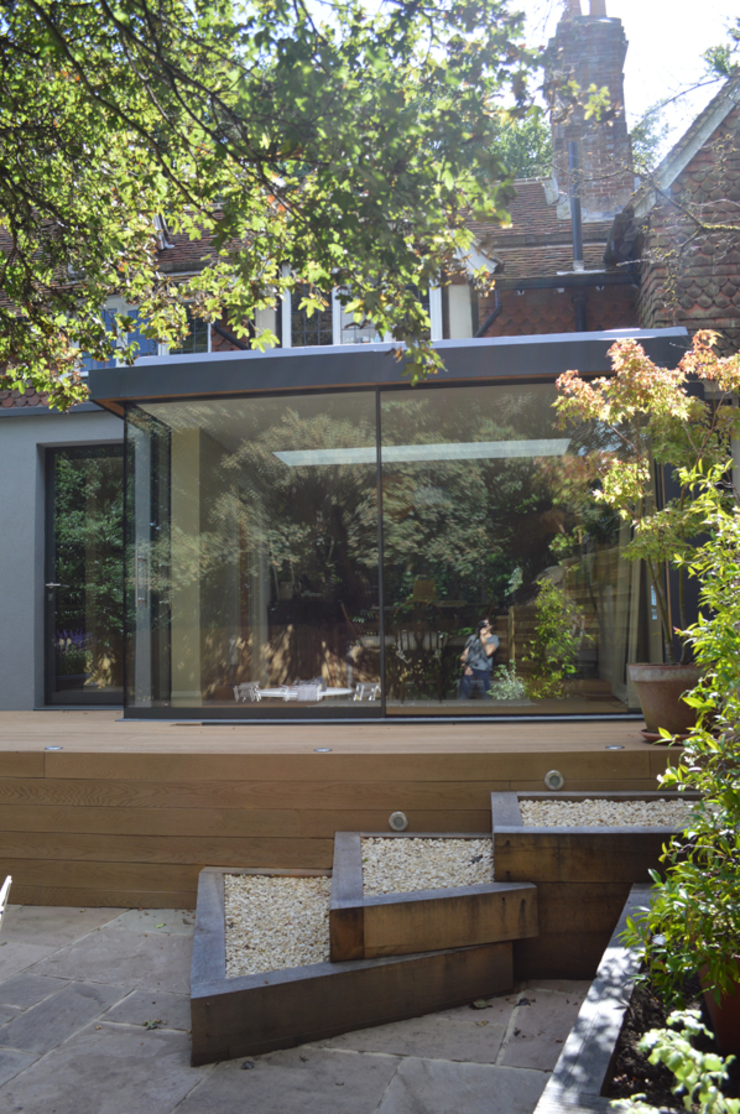 The Single Storey Rear Glazed Extension ArchitectureLIVE Modern style gardens Wood-Plastic Composite