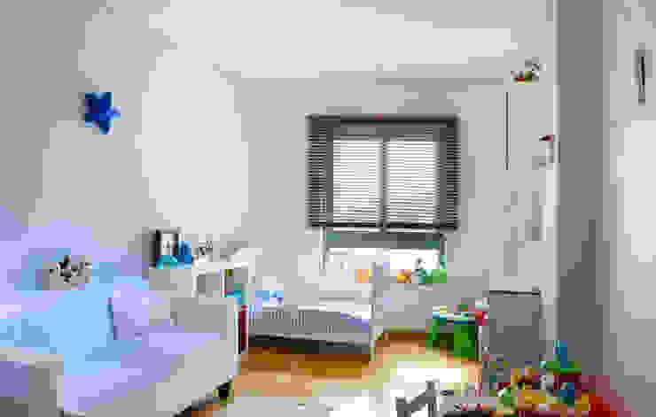 モダンデザインの 子供部屋 の Pedro Brás - Fotógrafo de Interiores e Arquitectura | Hotelaria | Alojamento Local | Imobiliárias モダン