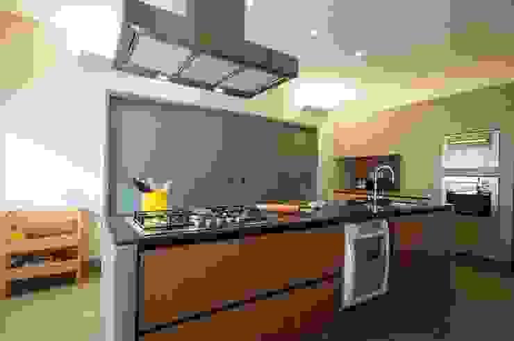 Cocinas de estilo  por Elisa Vasconcelos Arquitetura  Interiores