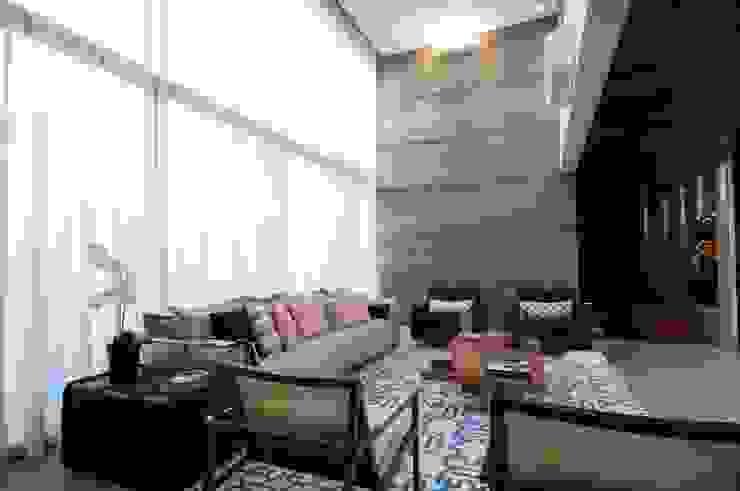 Ruang Keluarga Modern Oleh Elisa Vasconcelos Arquitetura Interiores Modern