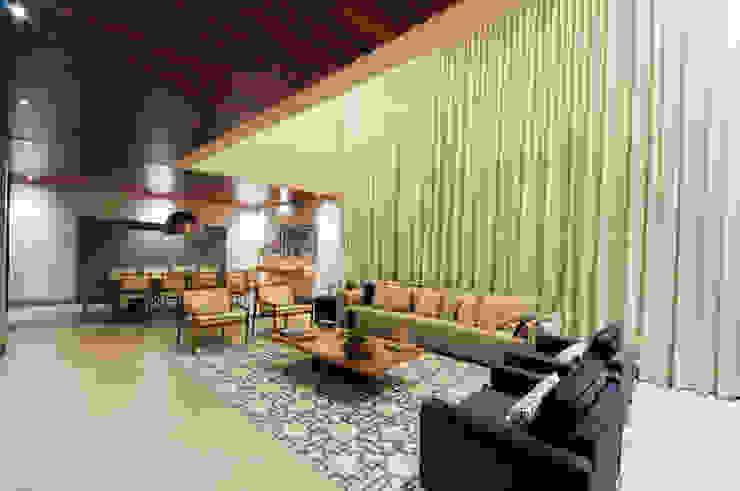 Livings modernos: Ideas, imágenes y decoración de Elisa Vasconcelos Arquitetura Interiores Moderno