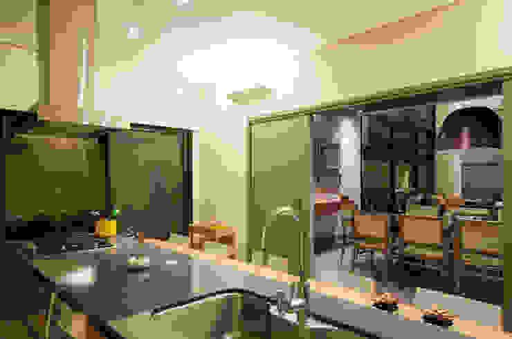 Cocinas modernas: Ideas, imágenes y decoración de Elisa Vasconcelos Arquitetura Interiores Moderno