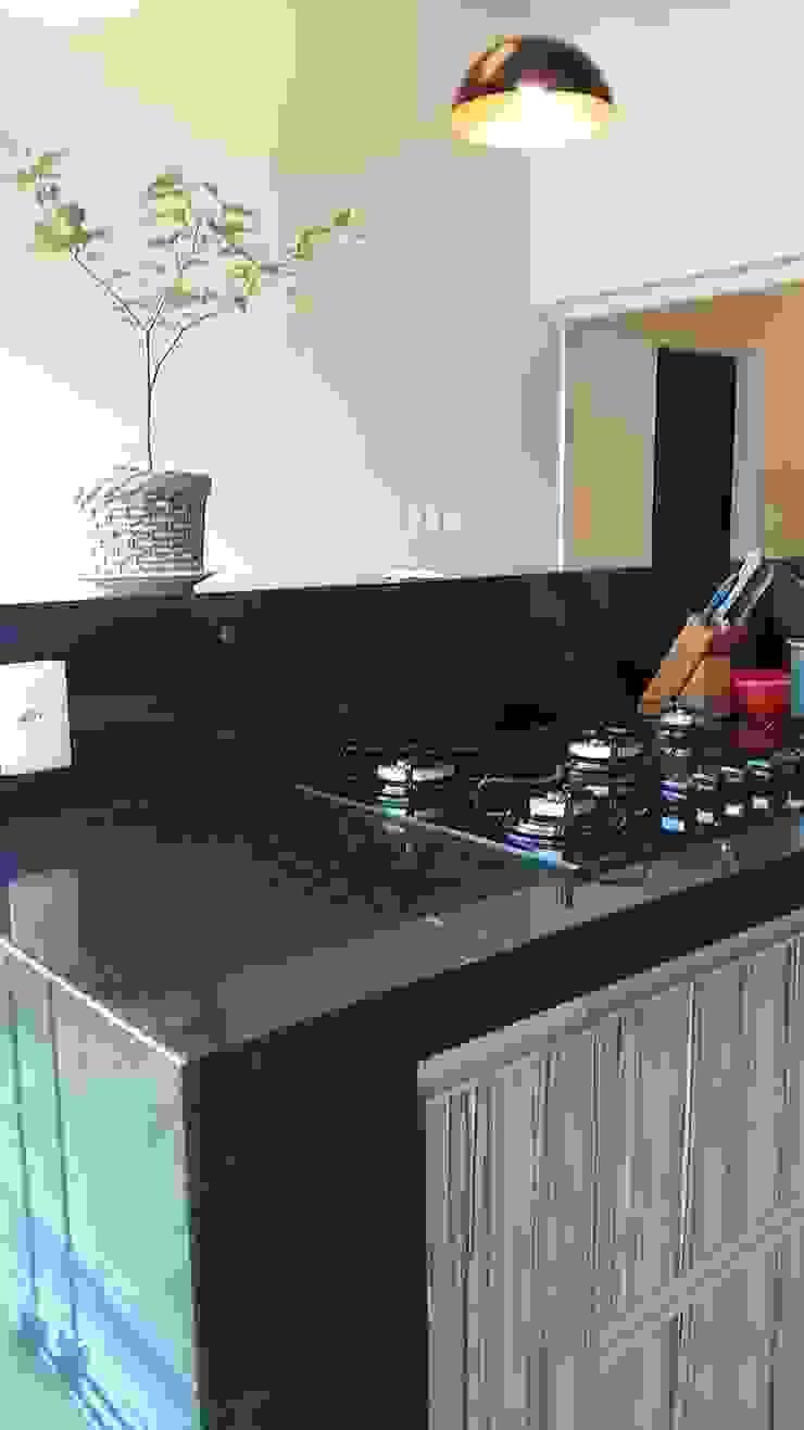 Casa integrada Cocinas modernas de Arquiteto Lucas Lincoln Moderno Granito