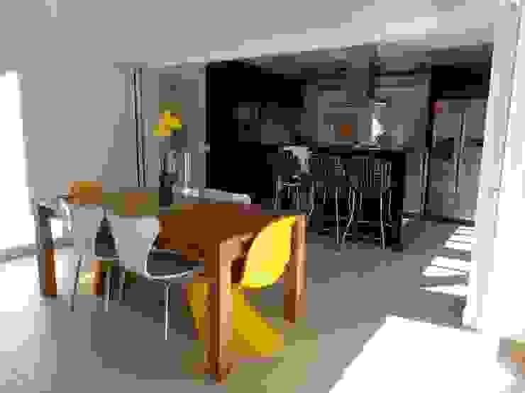 Casa SS Salas de jantar modernas por Lozí - Projeto e Obra Moderno