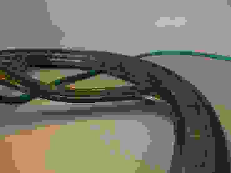 Tischlampe Calix - Upcycling von LuxUnica LuxUnica - Upcycling-Kunst WohnzimmerBeleuchtung