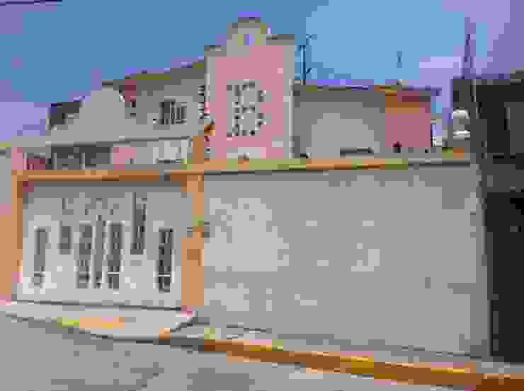 eclectic  by Grupo Puente Arquitectos.com , Eclectic
