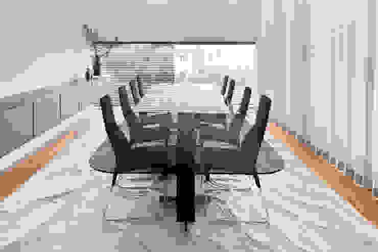 Sala de Jantar Salas de jantar modernas por GAVINHO Architecture & Interiors Moderno