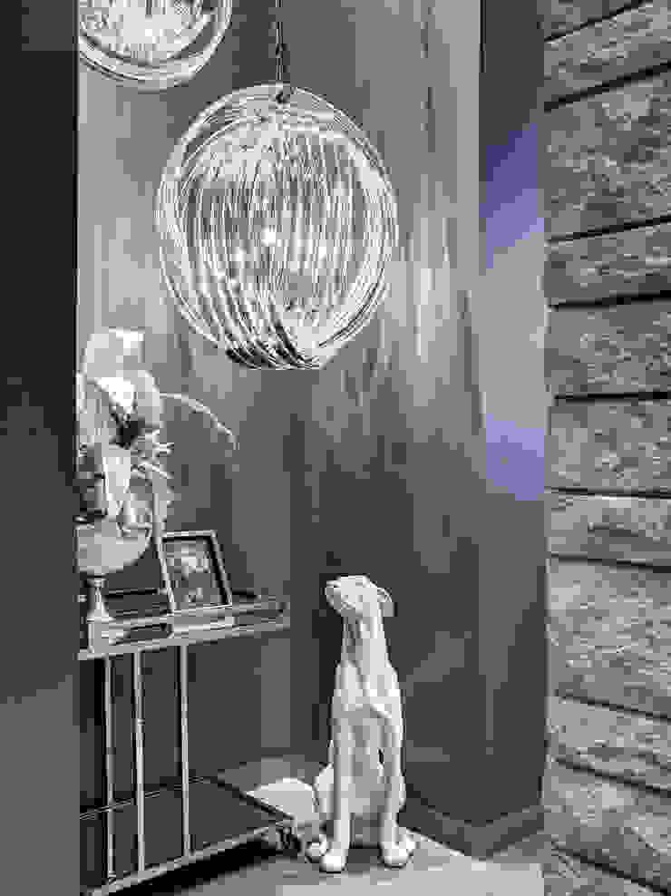 Fabien Charuau - Recent Projects Modern corridor, hallway & stairs by Fabien Charuau Photography Modern