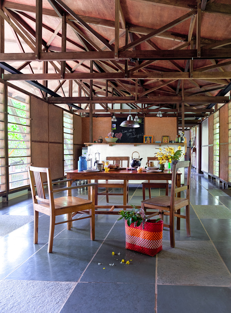 Fabien Charuau - Recent Projects Rustic style living room by Fabien Charuau Photography Rustic