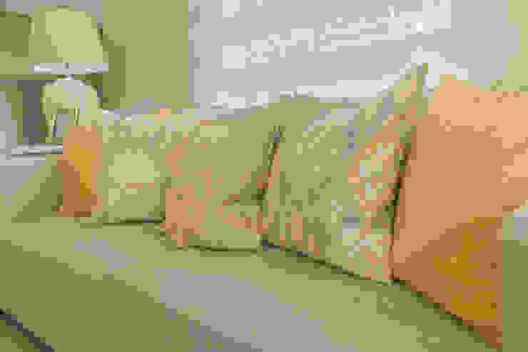 Monica Saravia Living room