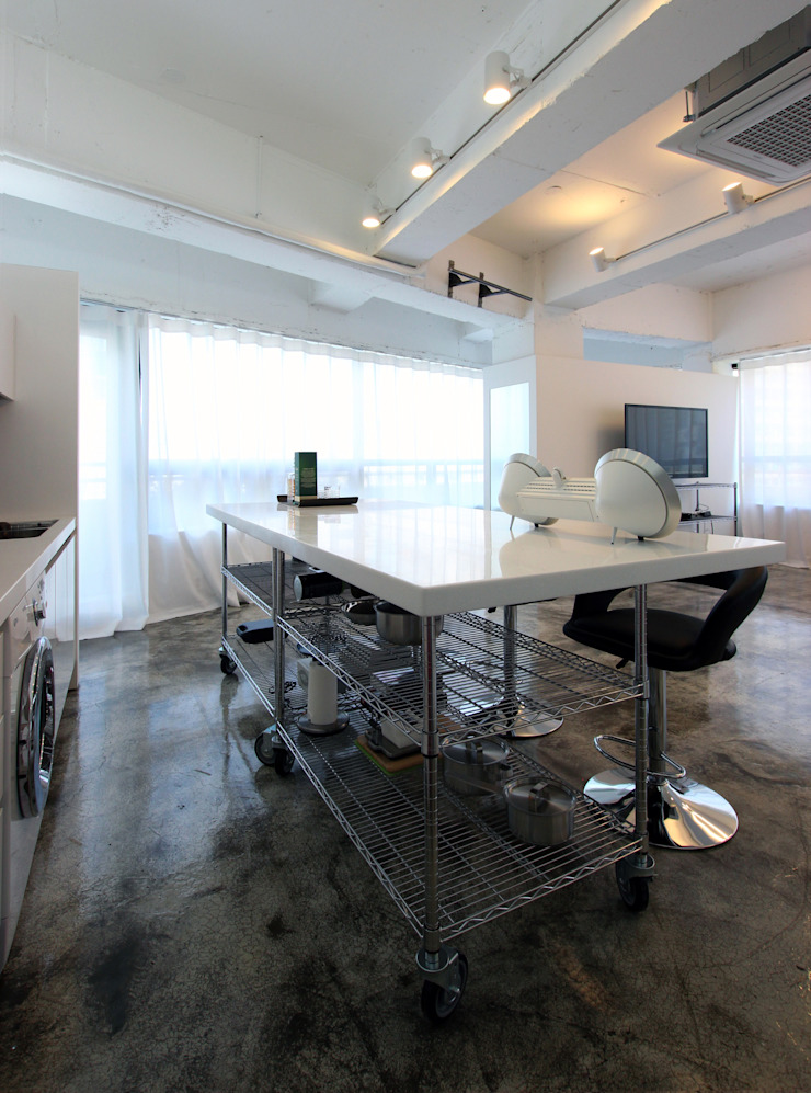 OYOUNG RESIDENCE 인더스트리얼 다이닝 룸 by HJL STUDIO 인더스트리얼 콘크리트