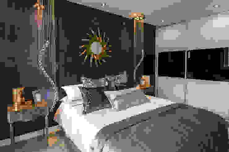Stylish yet functional Graeme Fuller Design Ltd Classic style bedroom
