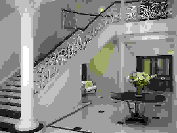 ARCHLINE ARCHITECTURE & DESIGN Klassischer Flur, Diele & Treppenhaus