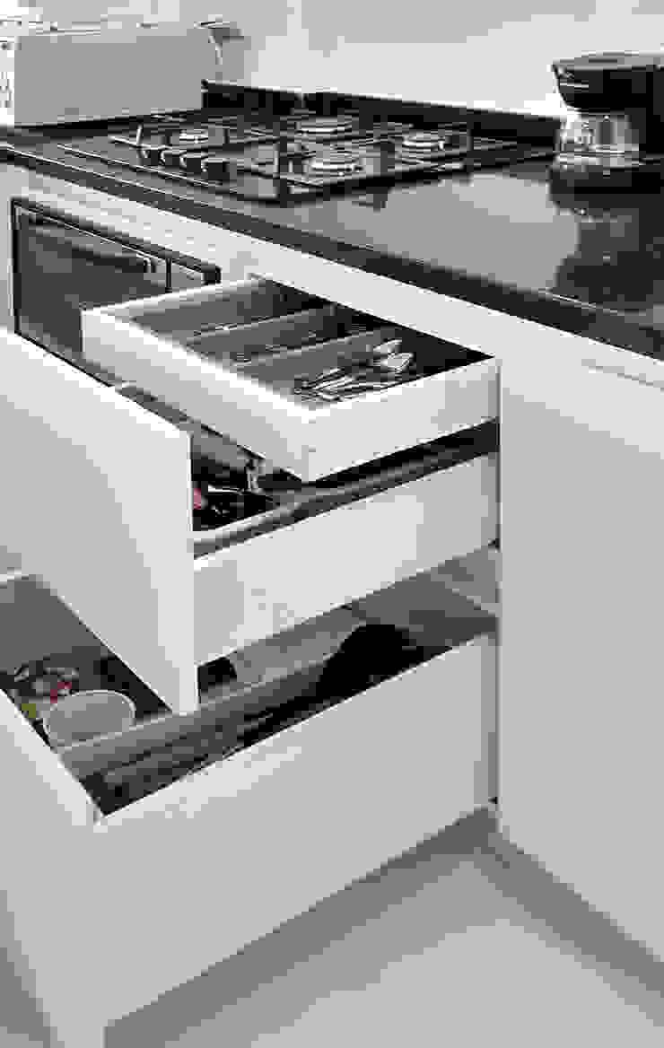 Cocina Integral Cocinas modernas de Remodelar Proyectos Integrales Moderno Tablero DM