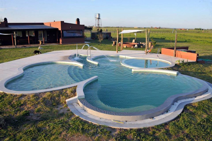 de Surpool - Diseño de Espacios de Agua Moderno Concreto
