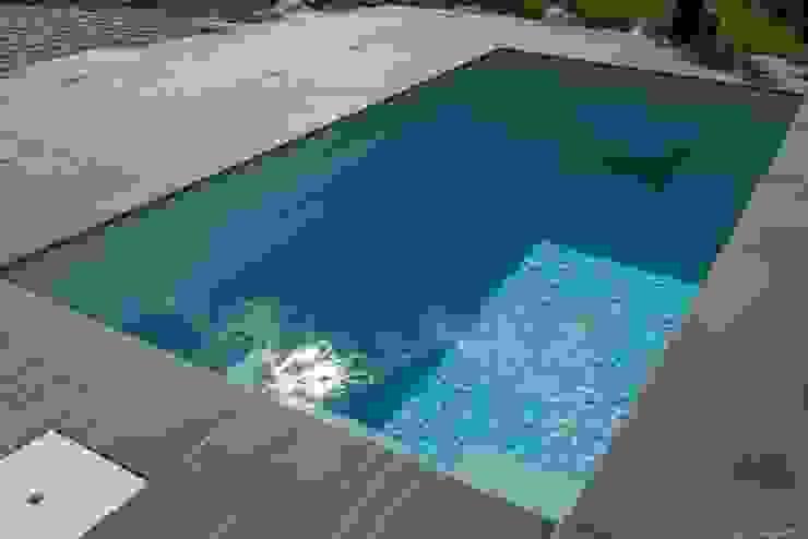Minipool @wat -  Tauchbecken für den Garten:  Garten von design@garten - Alfred Hart -  Design Gartenhaus und Balkonschraenke aus Augsburg,