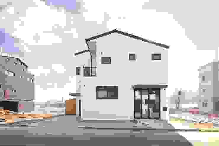 A Haus 모던스타일 주택 by 춘건축 모던