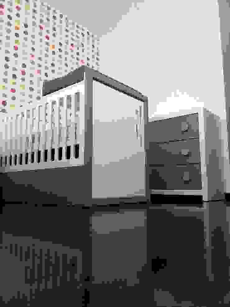 Quarto do Gémeos – Camas convertiveis por FlyBaby Moderno