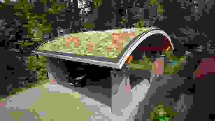 GROEN DAK OP INDUSTRIËLE CONSTRUCTIE van Tijmen Bos Architecten Industrieel