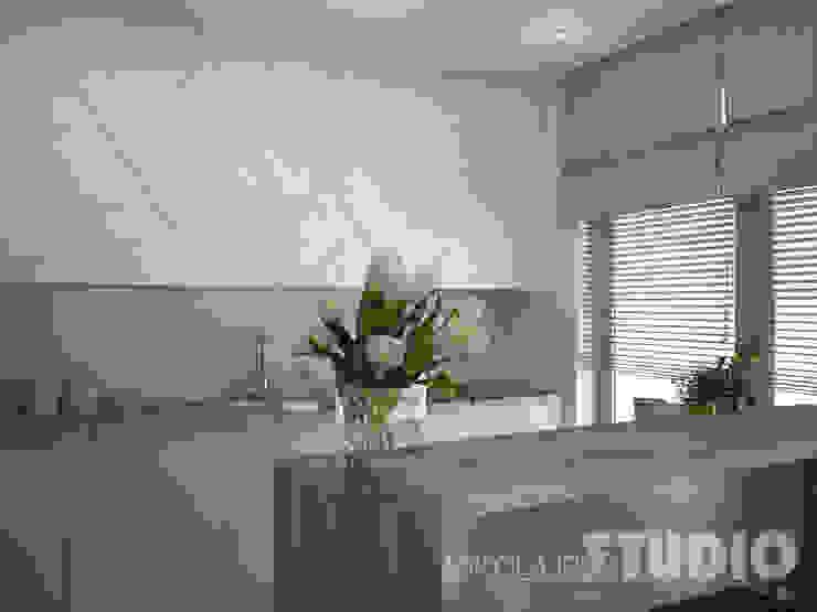 Scandinavian style kitchen by MIKOŁAJSKAstudio Scandinavian