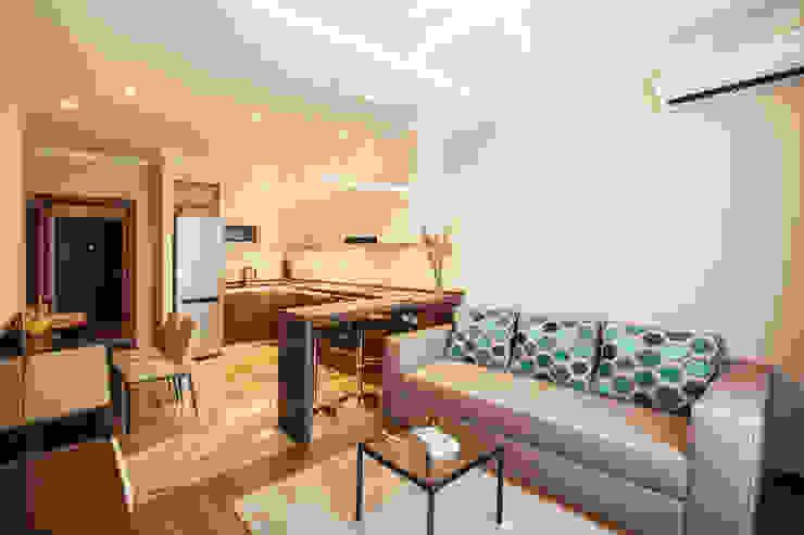 Zlatoustovskaya apartment Гостиная в классическом стиле от Bovkun design Классический
