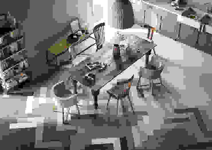 Een visgraat ontwerp met vloertegels die het design van de keuken versterken Rustieke keukens van Sani-bouw Rustiek & Brocante Tegels