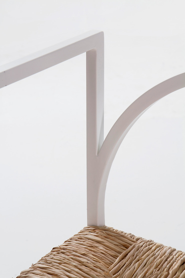 Cadeira como Arquitectura por Corpo Atelier Minimalista Vime Turquesa