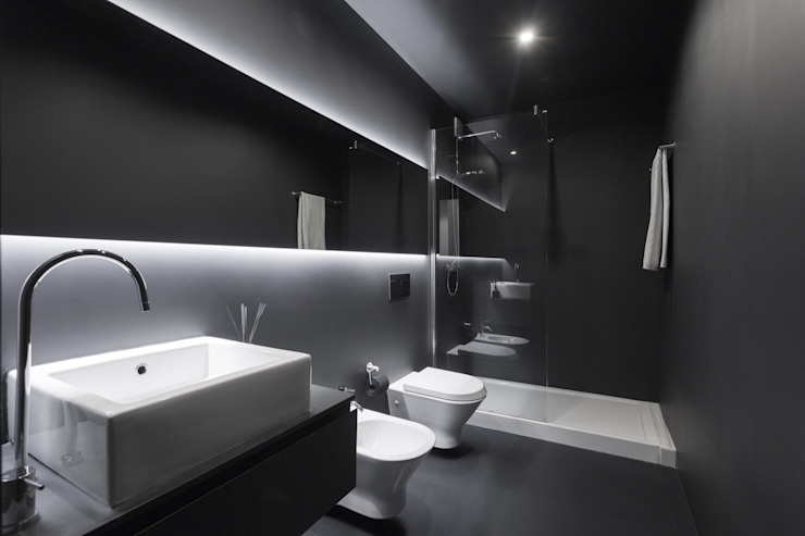 Minimal style Bathroom by PAULO MARTINS ARQ&DESIGN Minimalist