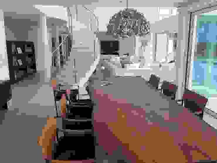 Dining Area Salas de jantar modernas por Pure Allure Interior Moderno