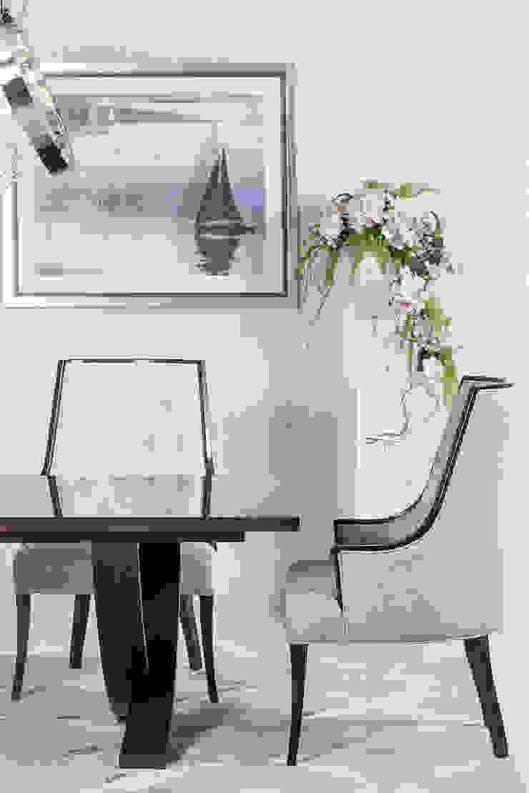 Sala de Jantar Gala por Green Apple Home Style Clássico
