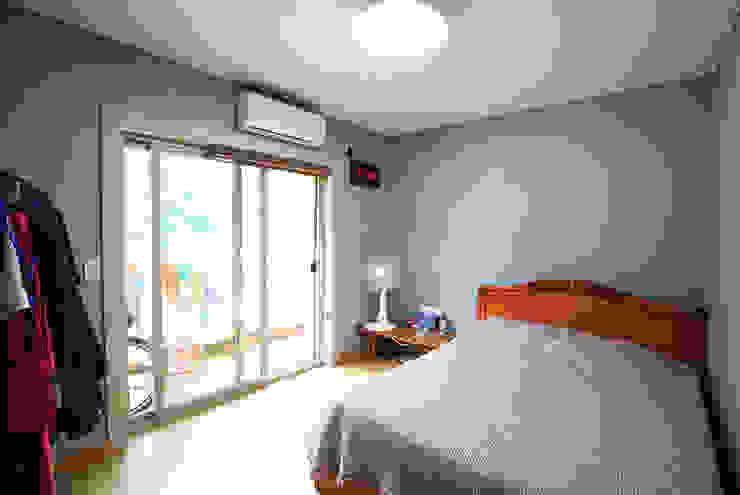 Bedroom by 지성하우징, Mediterranean