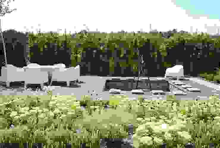 Ogród w Katowicach MUGO OGRODY Nowoczesny ogród